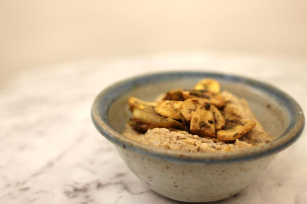 mushroom hummus1