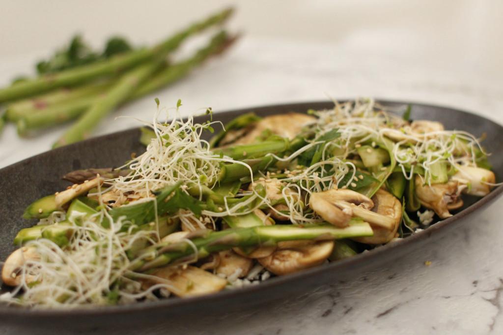 raw asparagus salad1